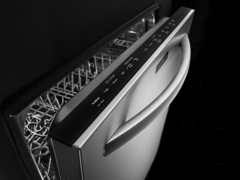 Modern Dishwashers with State of the Art Features Picture