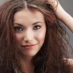 Tips-for-Taming-Frizzy-Hair-Picture